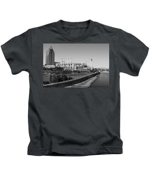 Riverfront Stadium Black And White  Kids T-Shirt
