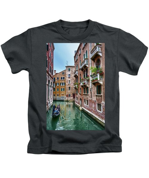 Gondola Ride Surrounded By Vintage Buildings In Venice, Italy Kids T-Shirt