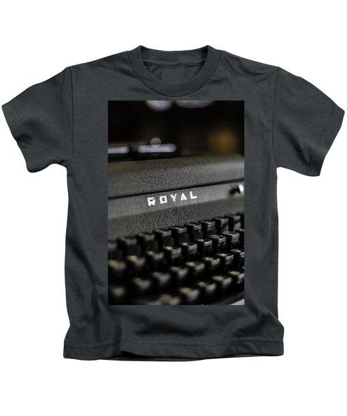 Royal Typewriter #19 Kids T-Shirt