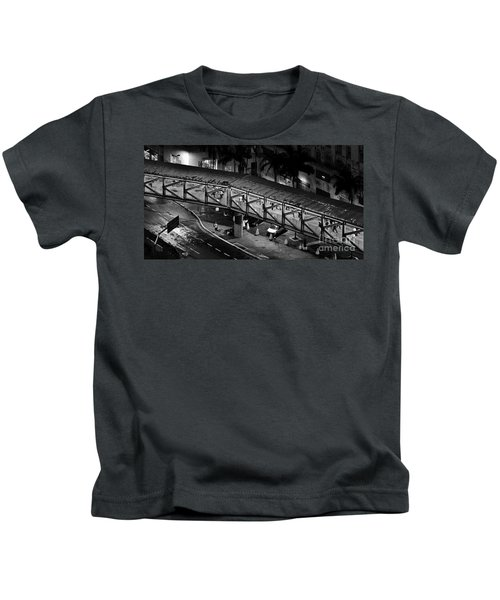 Sao Paulo - Metallic Footbridge At Night Kids T-Shirt