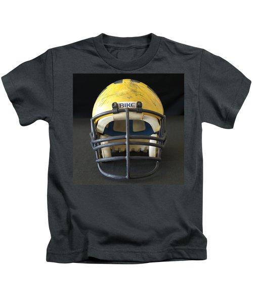 Scarred 1980s Wolverine Helmet Kids T-Shirt