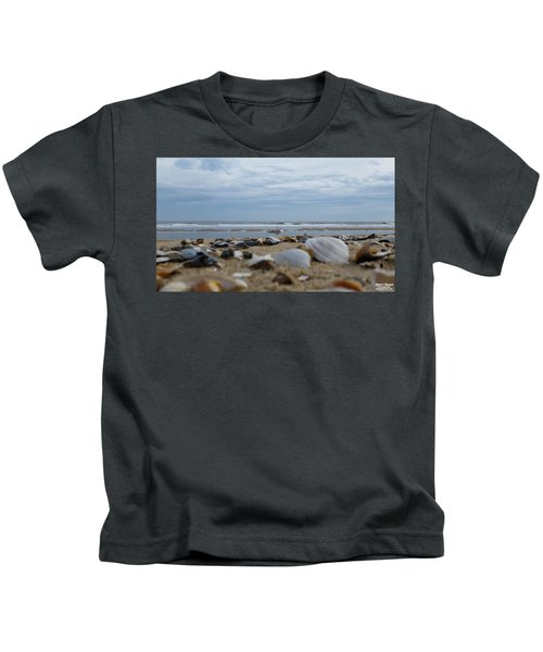 Seashells Seagull Seashore Kids T-Shirt