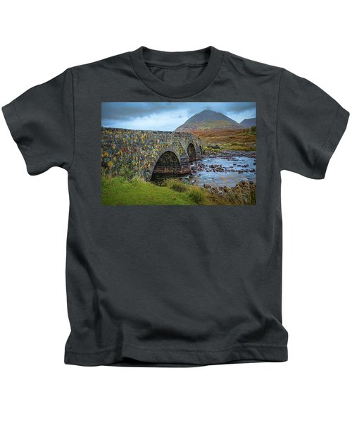 Sligachan Bridge View #h4 Kids T-Shirt