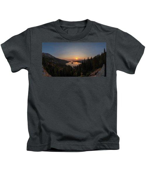 Smokey Sunrise At Emerald Bay Kids T-Shirt