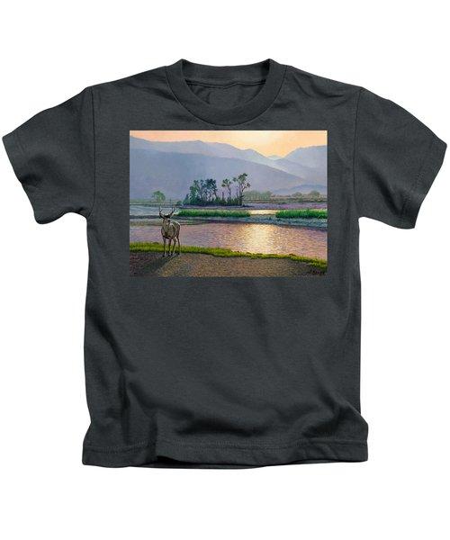 Smoky Morning Glitter Kids T-Shirt by Paul Krapf