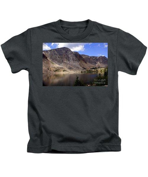 Snowy Mountian Loop 8 Kids T-Shirt