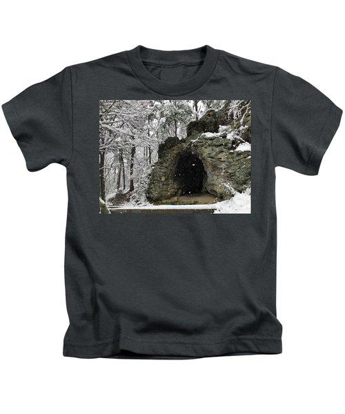 Snowy Torys Den Kids T-Shirt