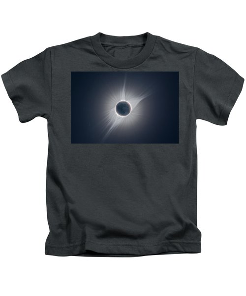 Solar Corona During The Eclipse Of August 21 2017 Kids T-Shirt