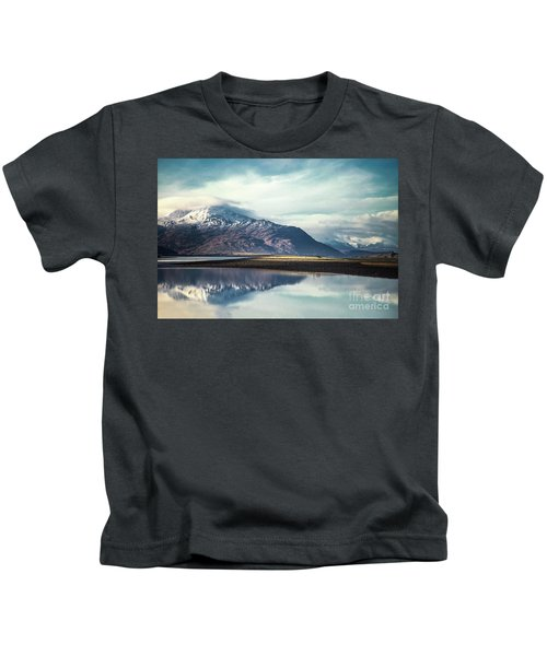 Song Of The Mountain Kids T-Shirt