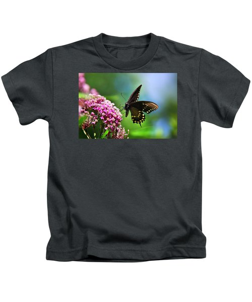 Spicebush Swallowtail Butterfly On Pink Flower Kids T-Shirt