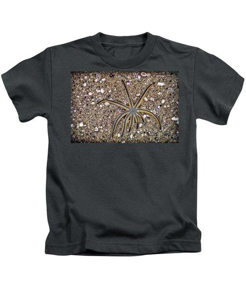 Starfish On The Beach Kids T-Shirt