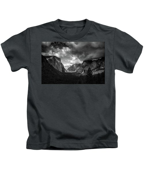 Storm Arrives In The Yosemite Valley Kids T-Shirt