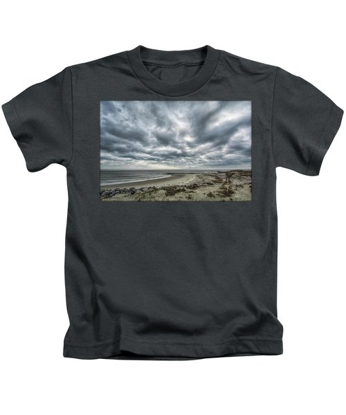 Storm Rolling In Kids T-Shirt