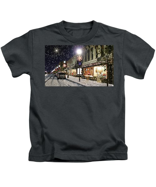 Sturgeon Bay On A Magical Night Kids T-Shirt