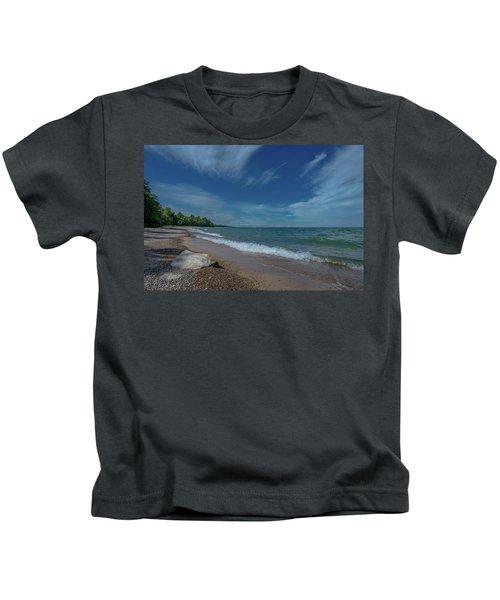 Summer Breeze  Kids T-Shirt