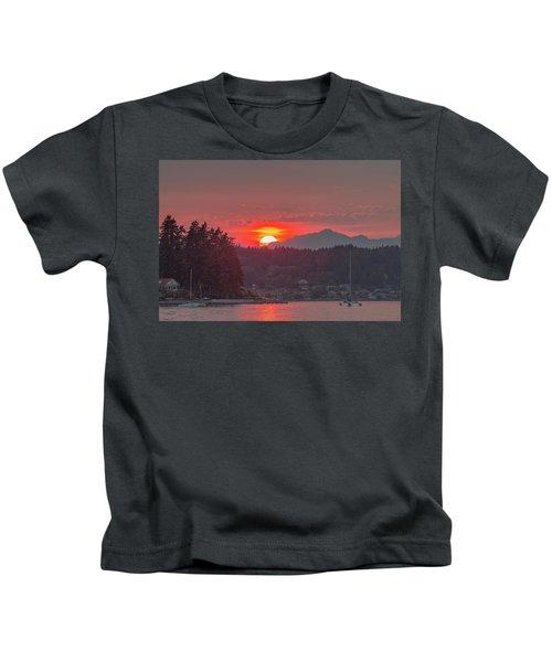 Summer Sunset Over Yukon Harbor.1 Kids T-Shirt