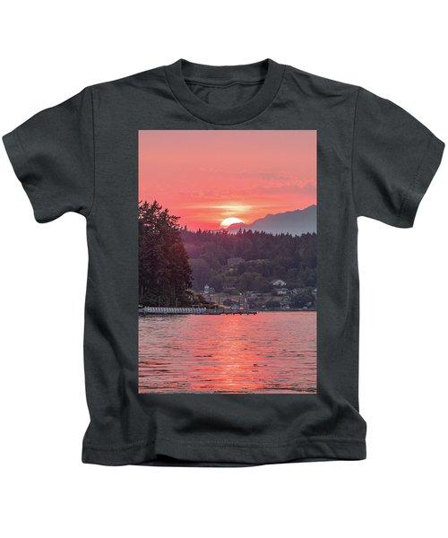 Summer Sunset Over Yukon Harbor.3 Kids T-Shirt