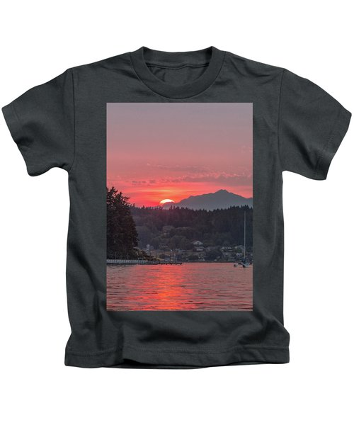 Summer Sunset Over Yukon Harbor.4 Kids T-Shirt