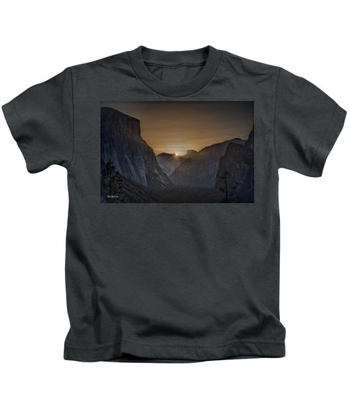 Sunburst Yosemite Kids T-Shirt