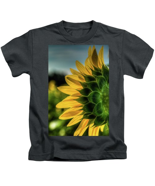Sunflower Blooming Detailed Kids T-Shirt
