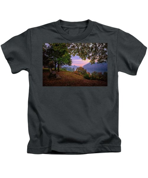 Sunrise At River Rd  Kids T-Shirt