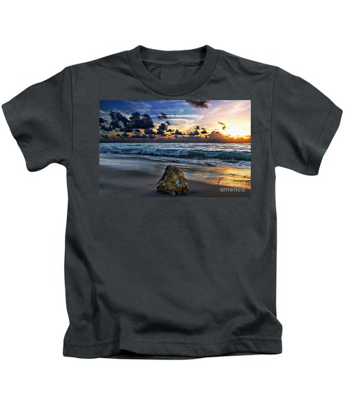 Sunrise Seascape Wisdom Beach Florida C3 Kids T-Shirt