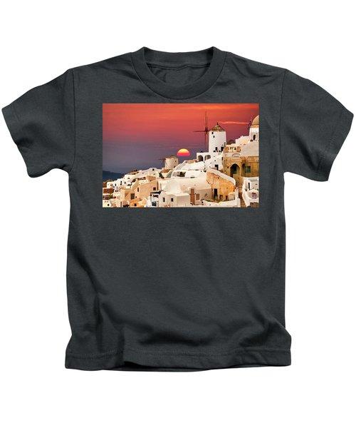 sunset at Santorini Kids T-Shirt