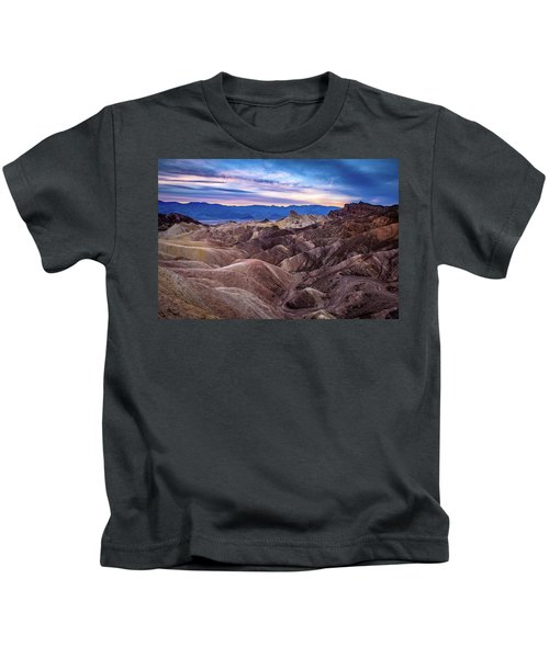 Sunset At Zabriskie Point In Death Valley National Park Kids T-Shirt