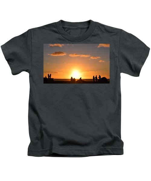 Sunset People In Imperial Beach Kids T-Shirt
