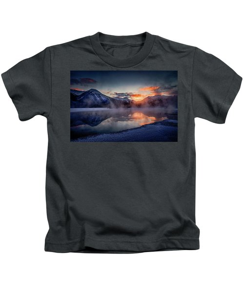 Sunset, Vermilion Lakes Kids T-Shirt