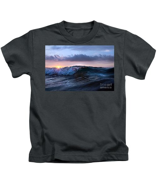 Sunset Wave-wards Beach Kids T-Shirt