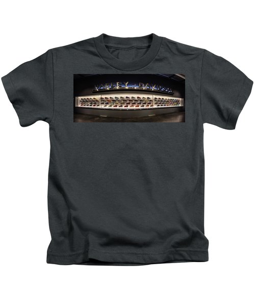 Tank Wall Kids T-Shirt