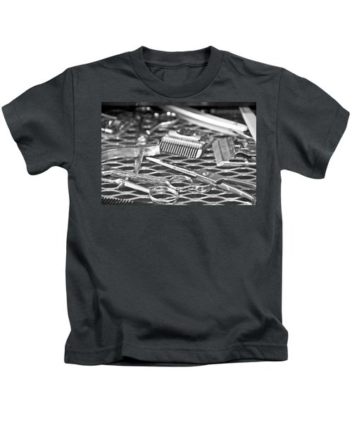 The Barber Shop 10 Bw Kids T-Shirt