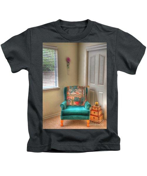 The Chair Kids T-Shirt