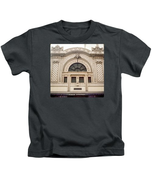 The Forum Cafeteria Facade Kids T-Shirt