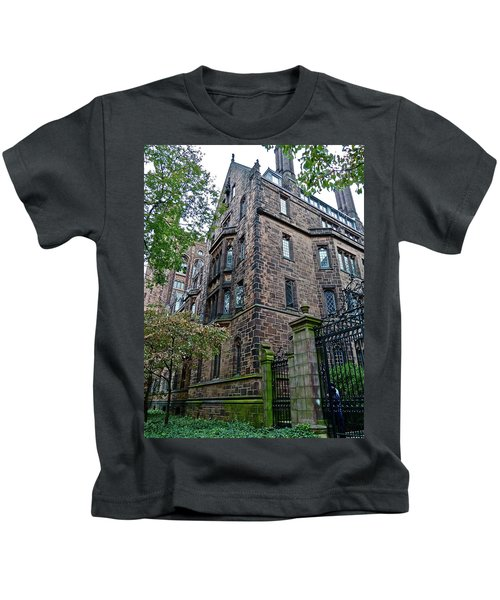 The Gates Of Yale Kids T-Shirt