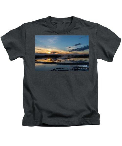 The Great Fountain Geyser Kids T-Shirt