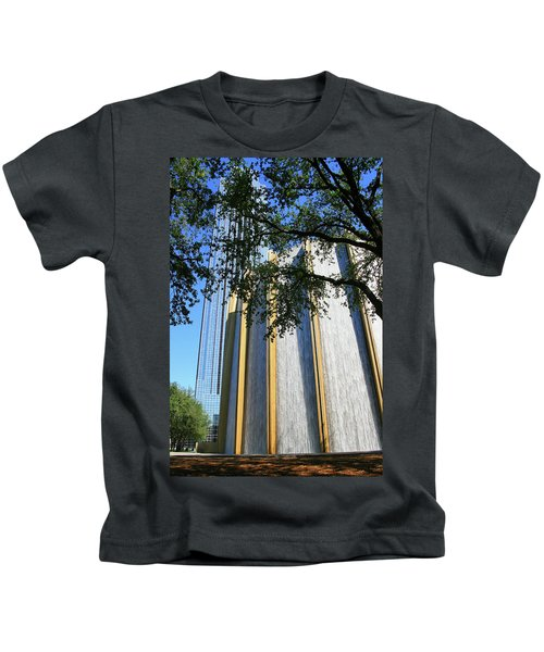 The Houston Water Wall And Williams Tower Kids T-Shirt