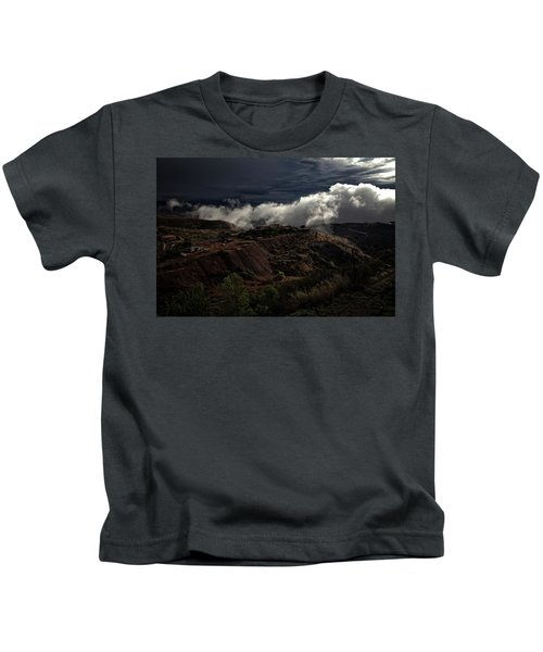 The Jerome State Park With Low Lying Clouds After Storm Kids T-Shirt