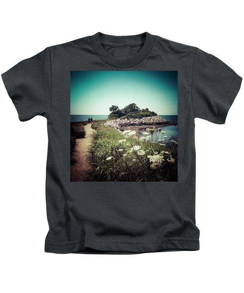 The Knob Looking Ahead Kids T-Shirt