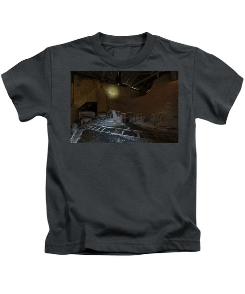 The Lamp Of The Abandoned Furnace Quarry  Kids T-Shirt
