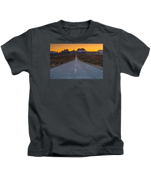 The Long Road To Monument Valley Kids T-Shirt