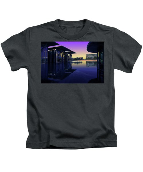 The Modern, Fort Worth, Tx Kids T-Shirt