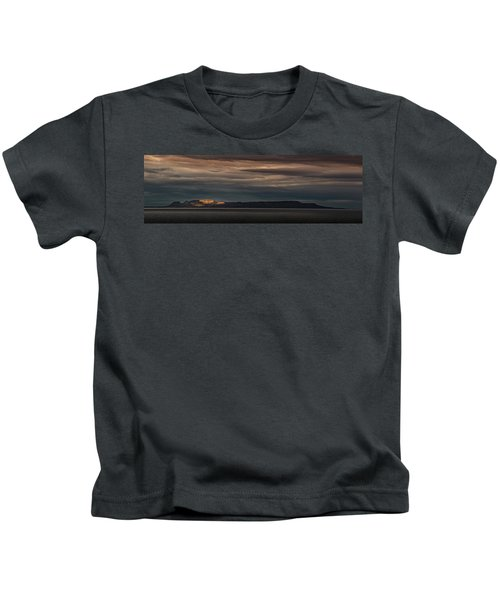 The Sleeping Giant Sunspot Pano Kids T-Shirt