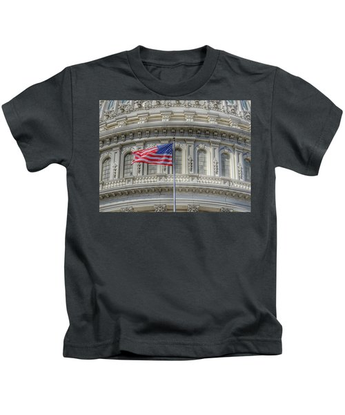 The Us Capitol Building - Washington D.c. Kids T-Shirt