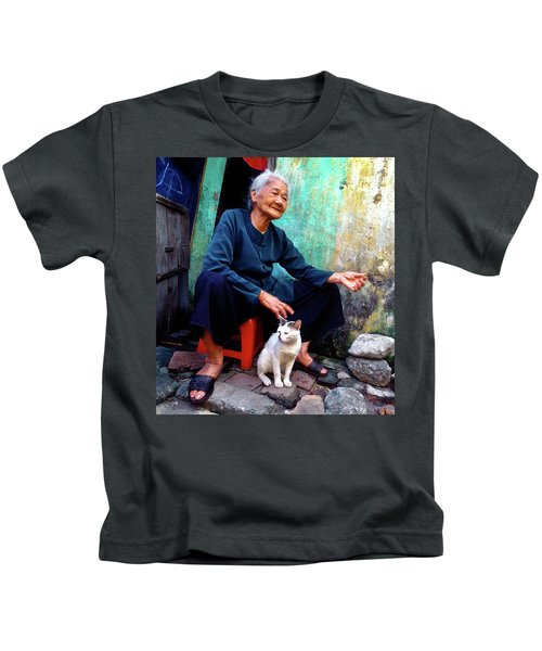 The Woman And The Cat Kids T-Shirt