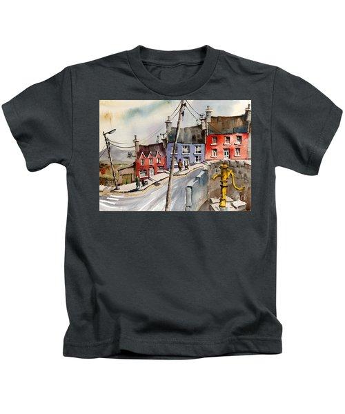 The Yellow Pump, Eyeries, Cork Kids T-Shirt
