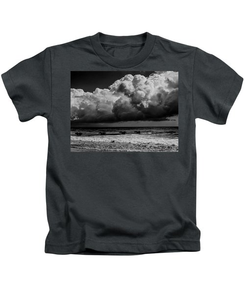 Thunder Head By The Sea Kids T-Shirt