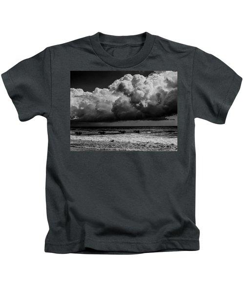 Thunder Head By The Sea Kids T-Shirt