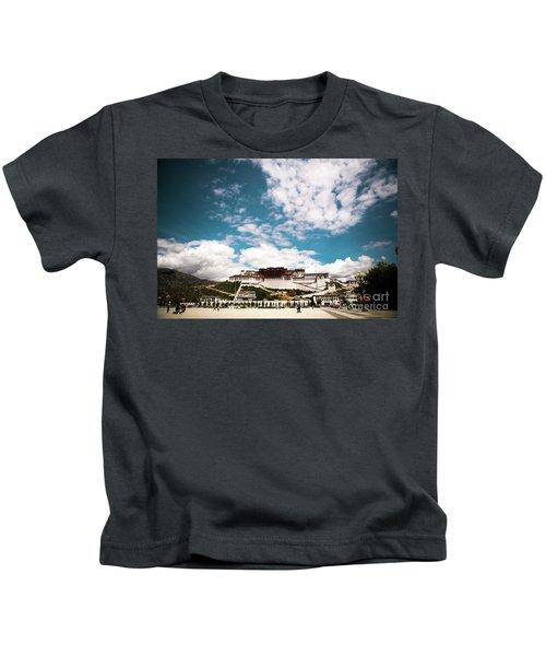 Tibet Potala Palace Dalai Lama Home Place. Kailash Yantra.lv 2016  Kids T-Shirt